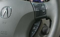 2005 Acura RL interior