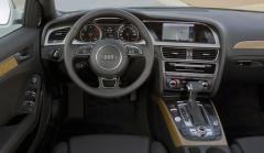 2012 Audi A4 2.0T Sedan quattro Tiptronic Photo 2