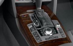 2005 Audi A6 interior