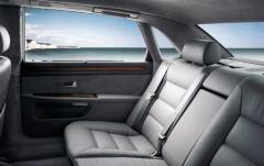 2003 Audi A8 interior