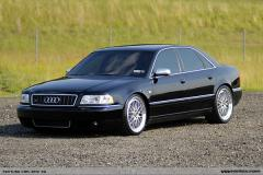 2001 Audi S8 Photo 2