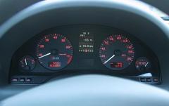 2002 Audi S8 interior