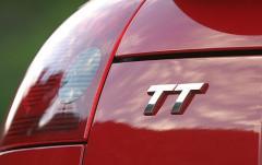 2004 Audi TT exterior