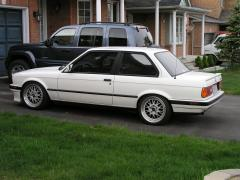 1990 BMW 3-Series Photo 2