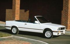 1993 BMW 3-Series exterior