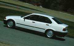 1995 BMW 3-Series exterior