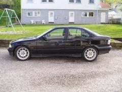 1995 BMW 3-Series Photo 2
