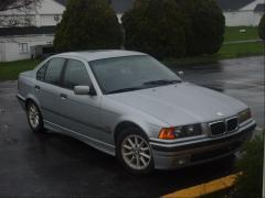 1997 BMW 3-Series Photo 2
