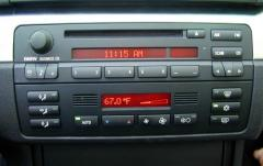 2000 BMW 3-Series interior
