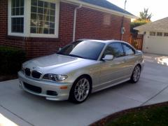 2004 BMW 3-Series Photo 2