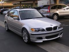 2005 BMW 3-Series Photo 2