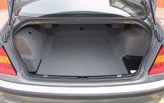 2005 BMW 3-Series interior