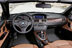 2011 BMW 3-Series Photo 4
