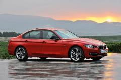 2012 BMW 3-Series Photo 3