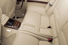 2012 BMW 3-Series interior