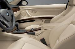 2013 BMW 3-Series interior