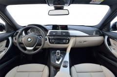 2016 BMW 3-Series interior