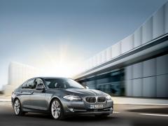 2011 BMW 5-Series Photo 41