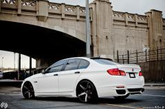 2012 BMW 5-Series Photo 2