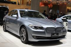 2012 BMW 5-Series Photo 7
