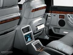 1994 BMW 7-Series 740i Photo 2