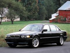 1994 BMW 7-Series 740i Photo 4