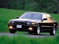 1994 BMW 7-Series 740i Photo 6