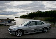 1994 BMW 7-Series 740i Photo 8