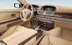 2008 BMW 7-Series interior