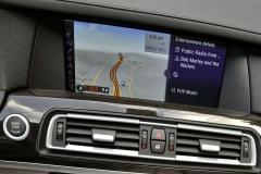 2011 BMW 7-Series interior