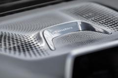 2016 BMW 7-Series interior