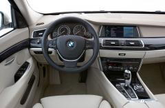 2010 BMW M3 Photo 2