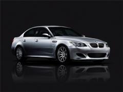 2009 BMW M5 Photo 2