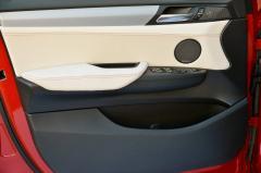 2018 BMW X4 interior