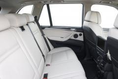 2011 BMW X5 interior