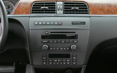 2005 Buick LaCrosse interior