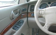 2002 Buick LeSabre interior
