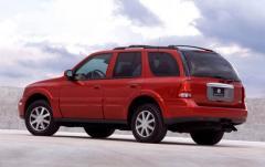 2004 Buick Rainier exterior
