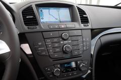 2013 Buick Regal interior