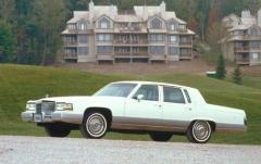 1990 Cadillac Brougham exterior