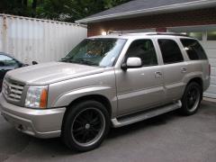 2002 Cadillac Escalade Photo 1