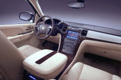 2013 Cadillac Escalade interior