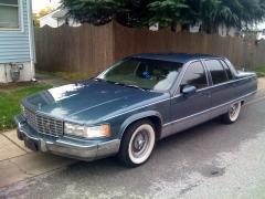 1995 Cadillac Fleetwood Photo 1