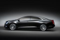 2016 Cadillac XTS Base Photo 2