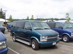 1997 Chevrolet Astro Photo 3