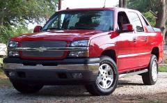 2005 Chevrolet Avalanche Photo 2