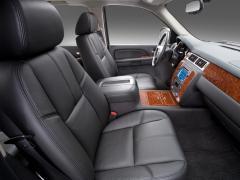 2010 Chevrolet Avalanche Photo 4