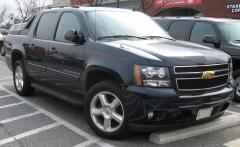 2012 Chevrolet Avalanche Photo 3