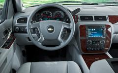 2012 Chevrolet Avalanche Photo 5