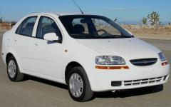 2004 Chevrolet Aveo Photo 1